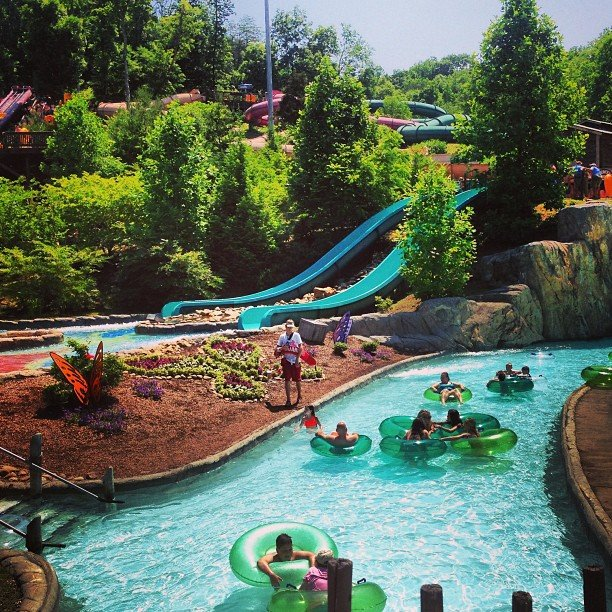 Pigeon Forge Dolly's Splash Country